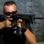 Sonhar com tiroteio é mau presságio? Descubra os significados