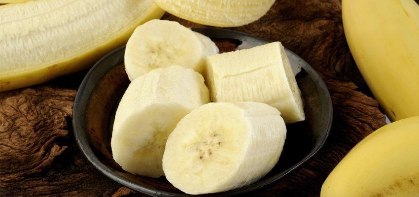 Simpatia da banana no congelador: contra homens que traem