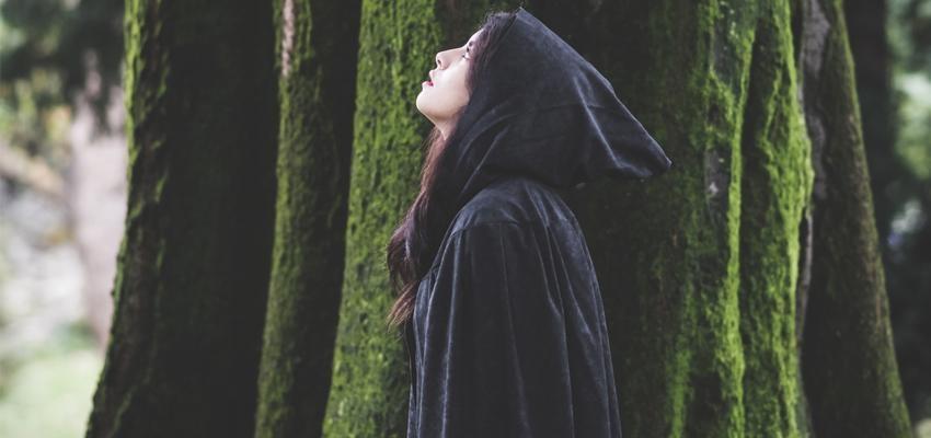 Descubra algumas das bruxas mais famosas da história