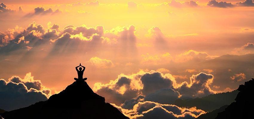 Ayurveda e meditação: o equilíbrio é a causa da felicidade