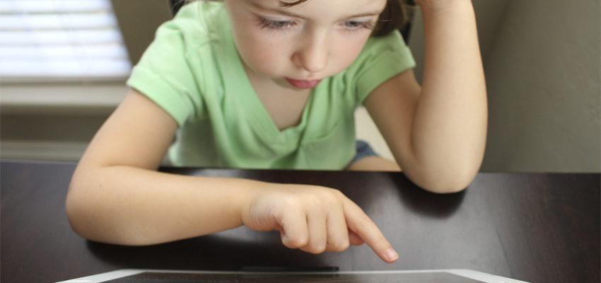 Internauta cria DVD personalizado para ajudar criança com autismo