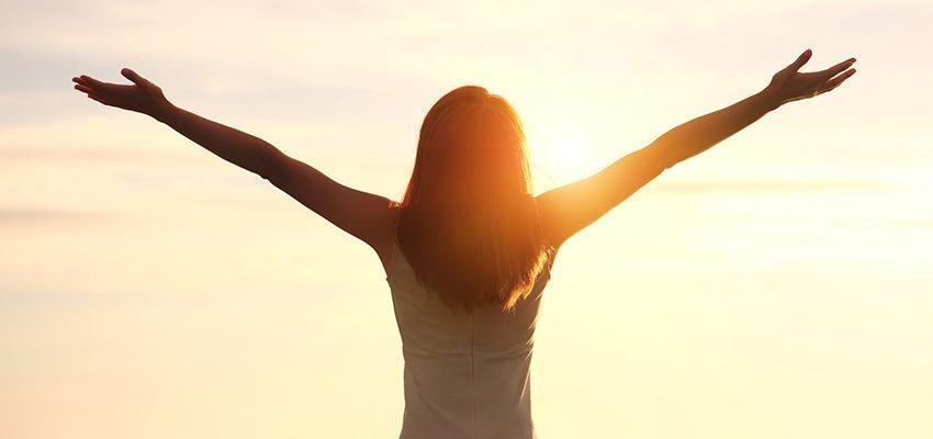 Preces espíritas: orações mediúnicas para pedintes espirituais