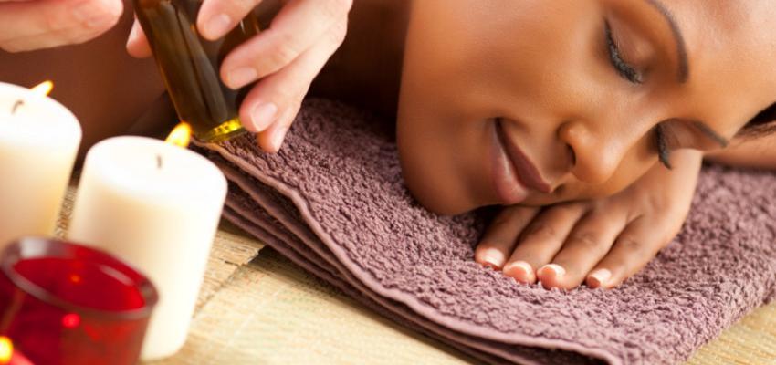 Abhyanga - a massagem ayurvédica dos óleos vegetais