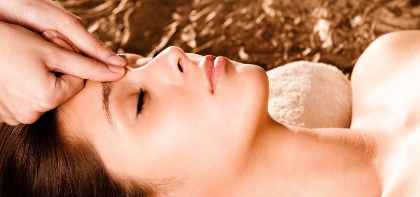 Acupressão: acupuntura com os dedos para alívio de dores diversas