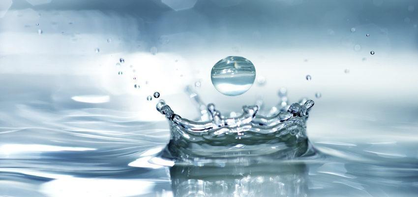 Água Fluidificada: conheça o tratamento espiritual de cura