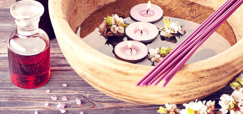 Aromaterapia contra insônia: combinação de óleos essenciais para dormir melhor