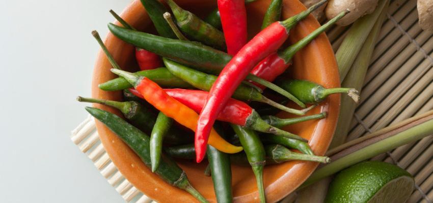 Conheça os alimentos que prometem aumentar o desejo feminino