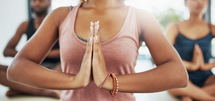 Namastê: reconheça o seu real significado