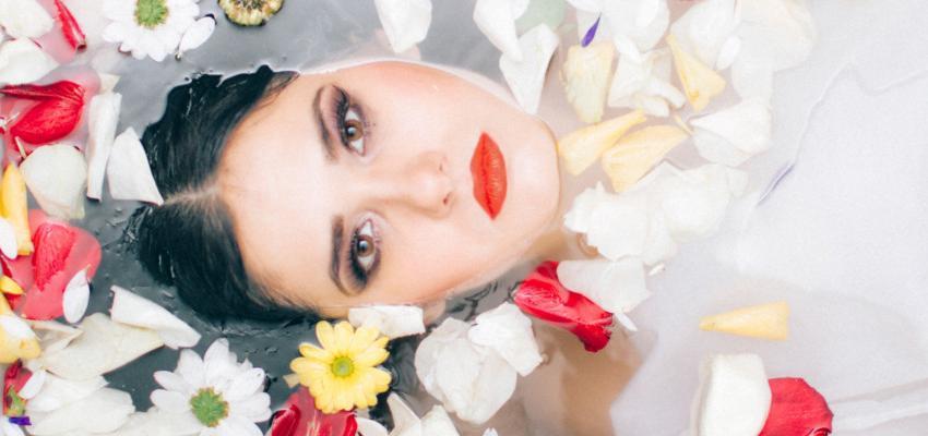 Banho de flores – para atrair sorte no amor e na vida
