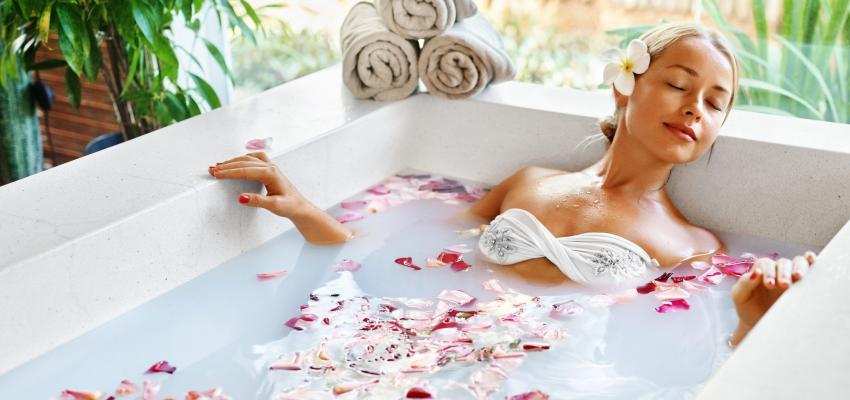 Banhos poderosos e mágicos para atrair amor
