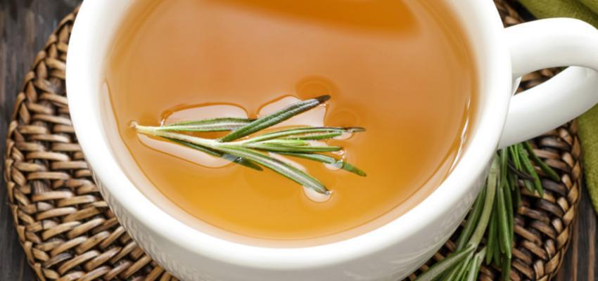 Chá de alecrim – um verdadeiro remédio natural
