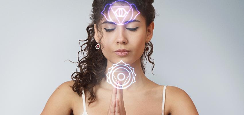 Os 7 chakras e seu alinhamento através do Reiki