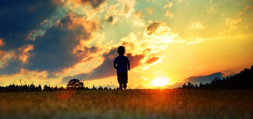 Crianças que se lembram de vidas passadas: é um problema? Como lidar?