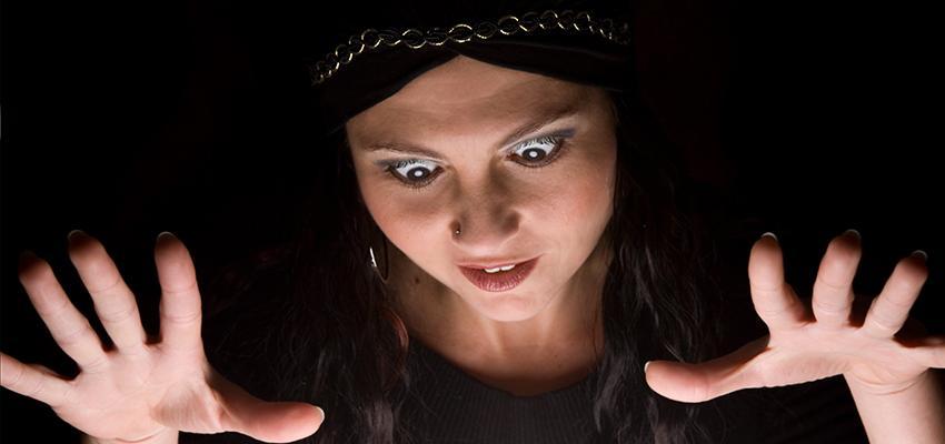 Cigana Zoraide - a cigana interesseira