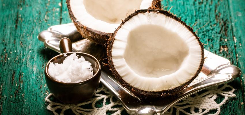 Simpatia do coco para atrair a pessoa amada