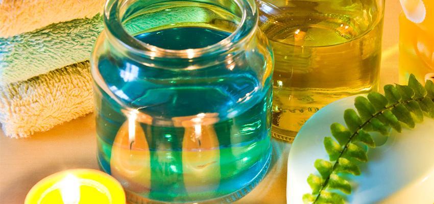 Como utilizar óleos essenciais para hidratar os cabelos