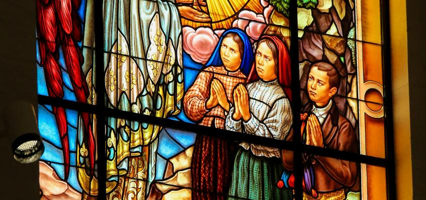 Conheça o hino à Nossa Senhora de Fátima
