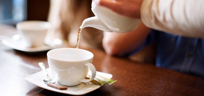 Conheça o poder do chá de sene