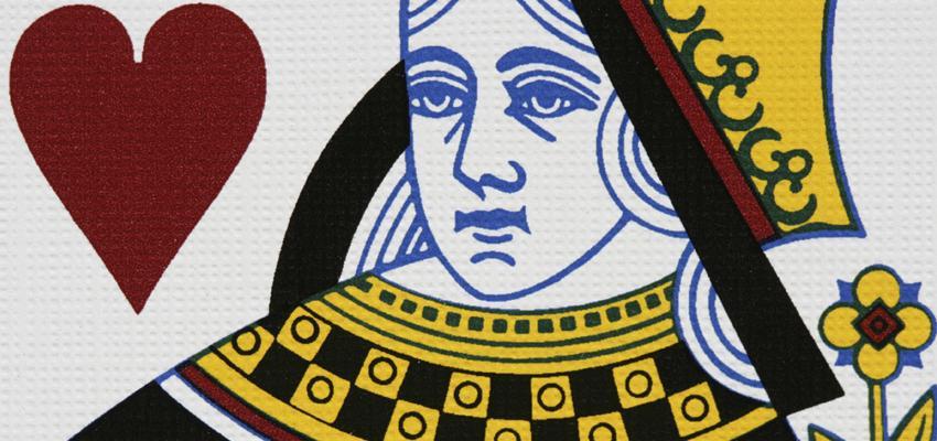 Cartas de Tarot: a personalidade da romântica e altruísta Rainha de Copas
