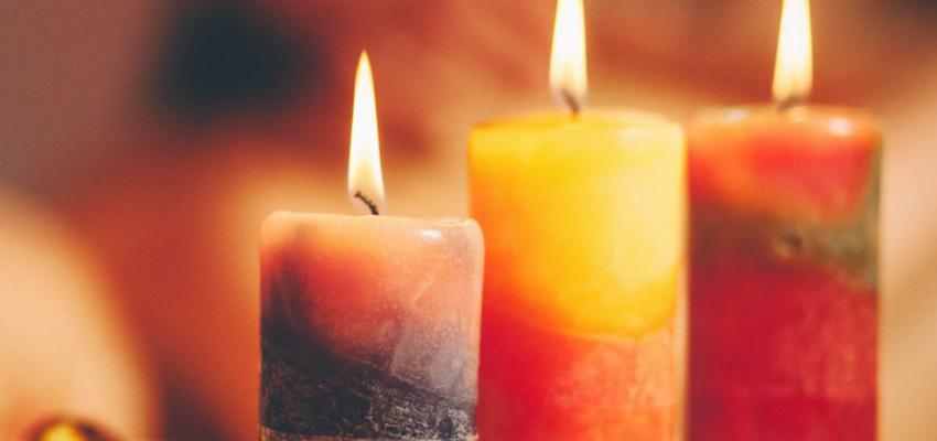 O que as cores das velas querem dizer? Descubra!