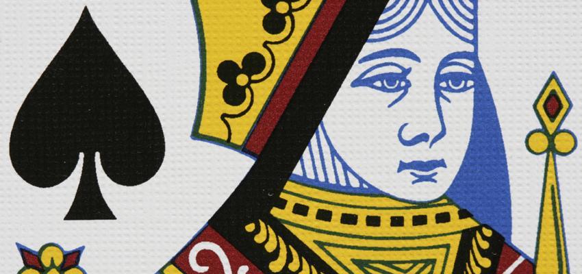 Cartas de Tarot: a personalidade moderna e intuitiva da Rainha de Espadas