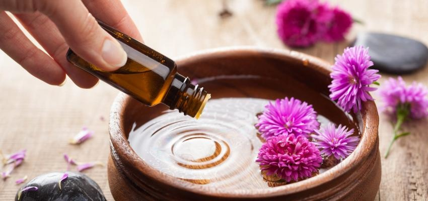 Aromaterapia: 6 óleos essenciais contra a depressão