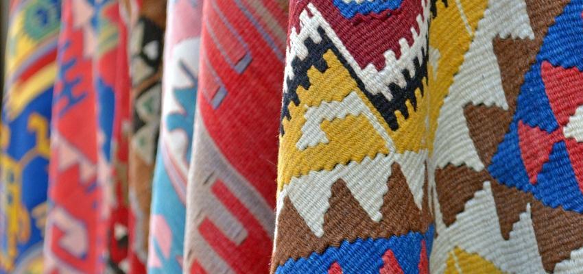 Feng Shui: saiba como utilizar tapetes na decoração de forma harmônica