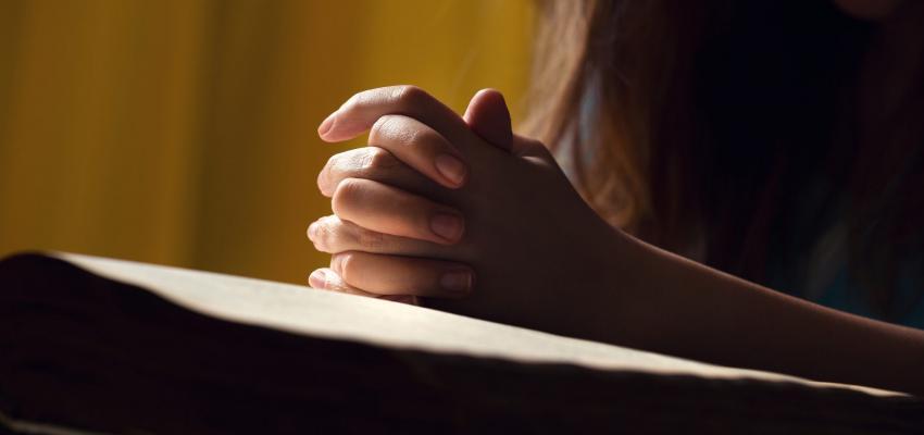 Suficiente Oração de Domingo: reze a oração do dia do Senhor - WeMystic Brasil TQ78
