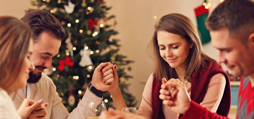 Oração de Natal: preces poderosas para orar com a família