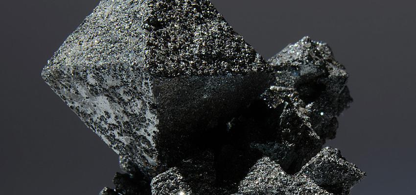 Hematita – conheça as principais propriedades desta pedra