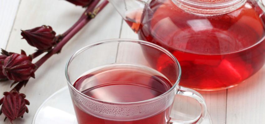 Os efeitos colaterais do chá de hibisco