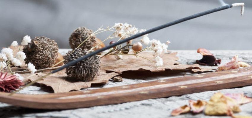 Incenso de Estoraque: liberte-se do estresse com esse aroma