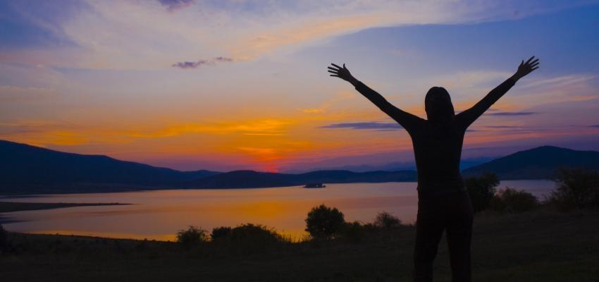 Como alcançar a elevação espiritual: entenda os 5 passos