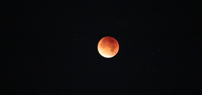 Lua Cheia de morango – especial para curar feridas emocionais