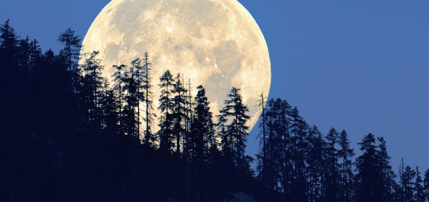 Lua Negra: fenômeno astronômico ou o sinal do fim dos tempos?