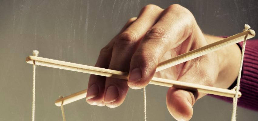 Como reconhecer um manipulador e agir diante dos sinais