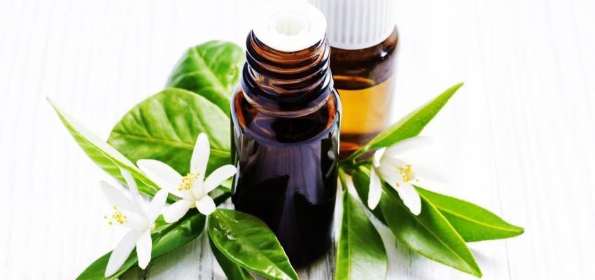 Óleo essencial de Neroli contra sintomas da menopausa