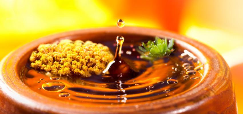 Qual a diferença entre essência e óleo essencial na aromaterapia?