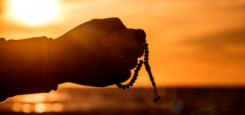 Como rezar o Rosário e qual é a sua importância