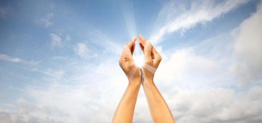 Oração a São Bernardino de Sena para fortalecer o seu negócio