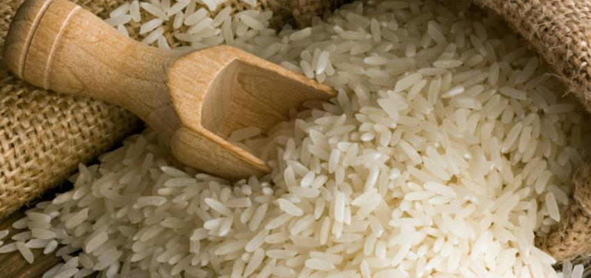 Conheça o ritual do arroz para atrair dinheiro e prosperidade