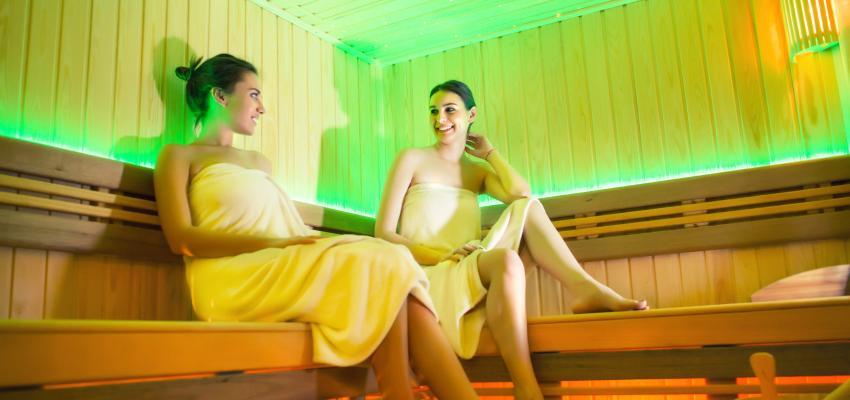 Sauna com Cromoterapia – conheça os benefícios