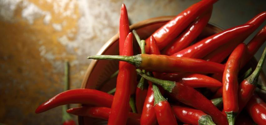 Simpatia com pimenta vermelha para receber dívida