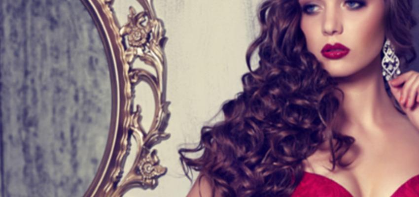 Simpatia cigana do Espelho Mágico para ficar mais atraente