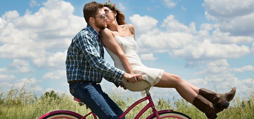 Sinastria Amorosa: entenda o que é e a sua a importância para o casal