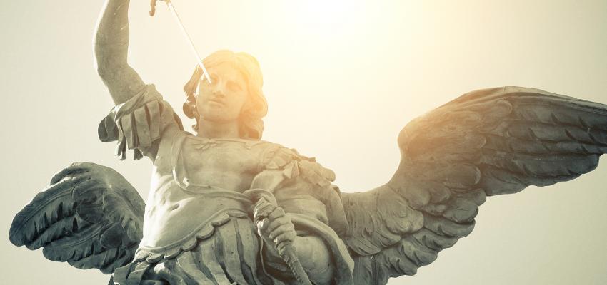 Oração de São Miguel Arcanjo para proteção, libertação e amor