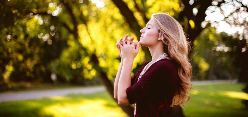 Conheça esta oração poderosa para afastar o mal