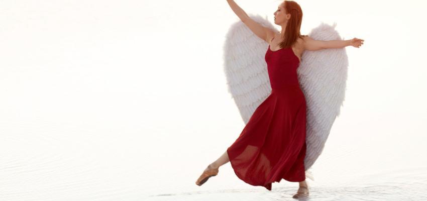 Tarot dos Anjos: saiba mais sobre os 72 anjos cabalísticos