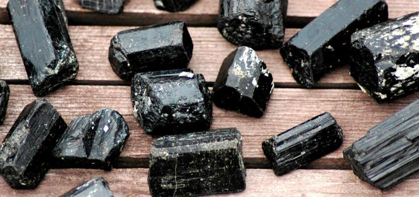 Pedra Turmalina Negra: um escudo contra energias negativas