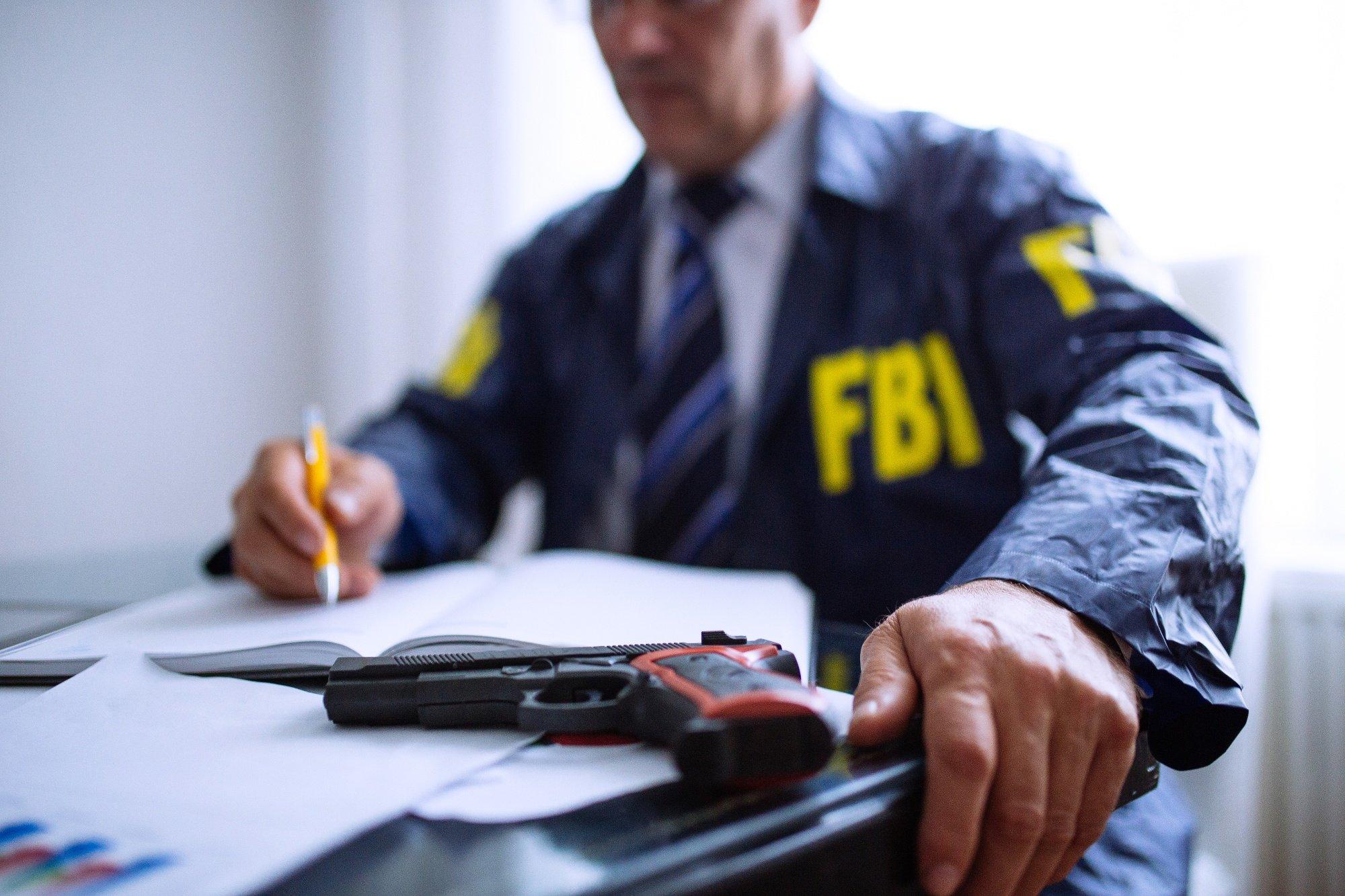 """Resultado de imagem para Os signos do zodíaco mais """"perigosos"""", de acordo com o FBI"""
